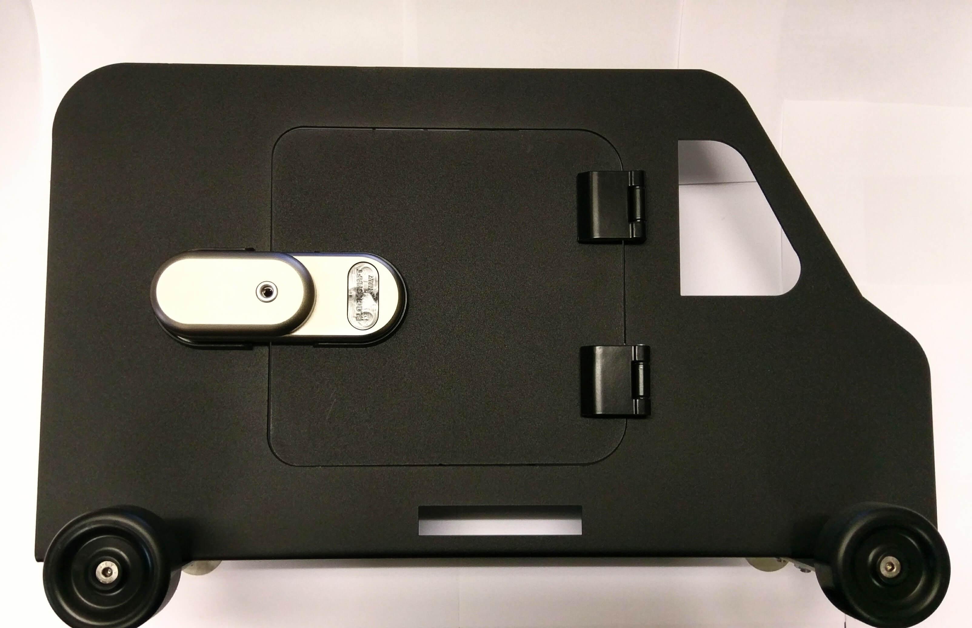 Van Wijk Doorlock systems-laadruimte-beveiliging-bedrijfswagen-gatelock