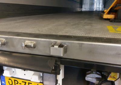 Van Wijk Doorlock systems-laadruimte-beveiliging-laaddeur-containerslot steun