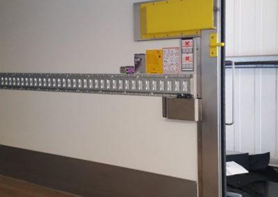 Van Wijk Doorlock systems-laadruimte-beveiliging-vrachtwagen-laadklepgrendel